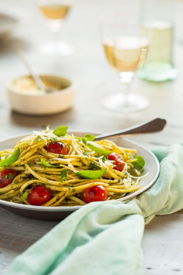 Pasta with white wine